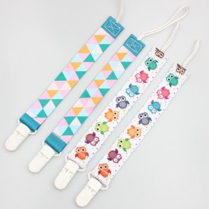 Factory wholesale custom durable eco-friendly baby pacifier clip