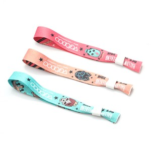 Custom polyester souvenir wristband for activity party