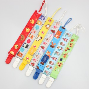 Guangzhou manufacturer cute newborn baby pacifier holder clips