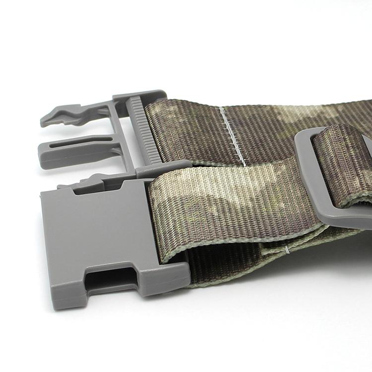 luggage belt (140)