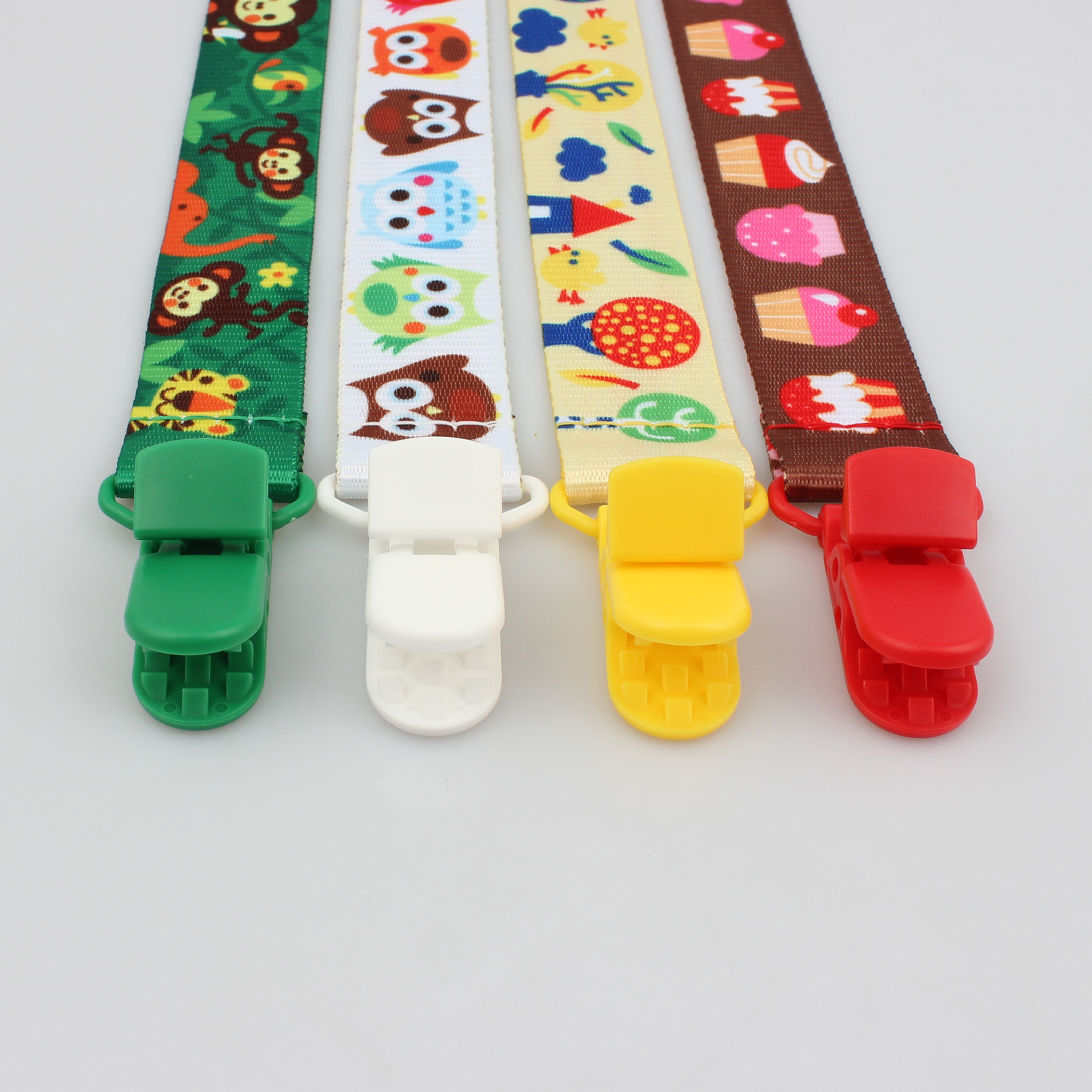 Factory best selling Dual Dog Leash - OEM wholesale cute baby pacifier clip chain with lovely animal – February Webbing